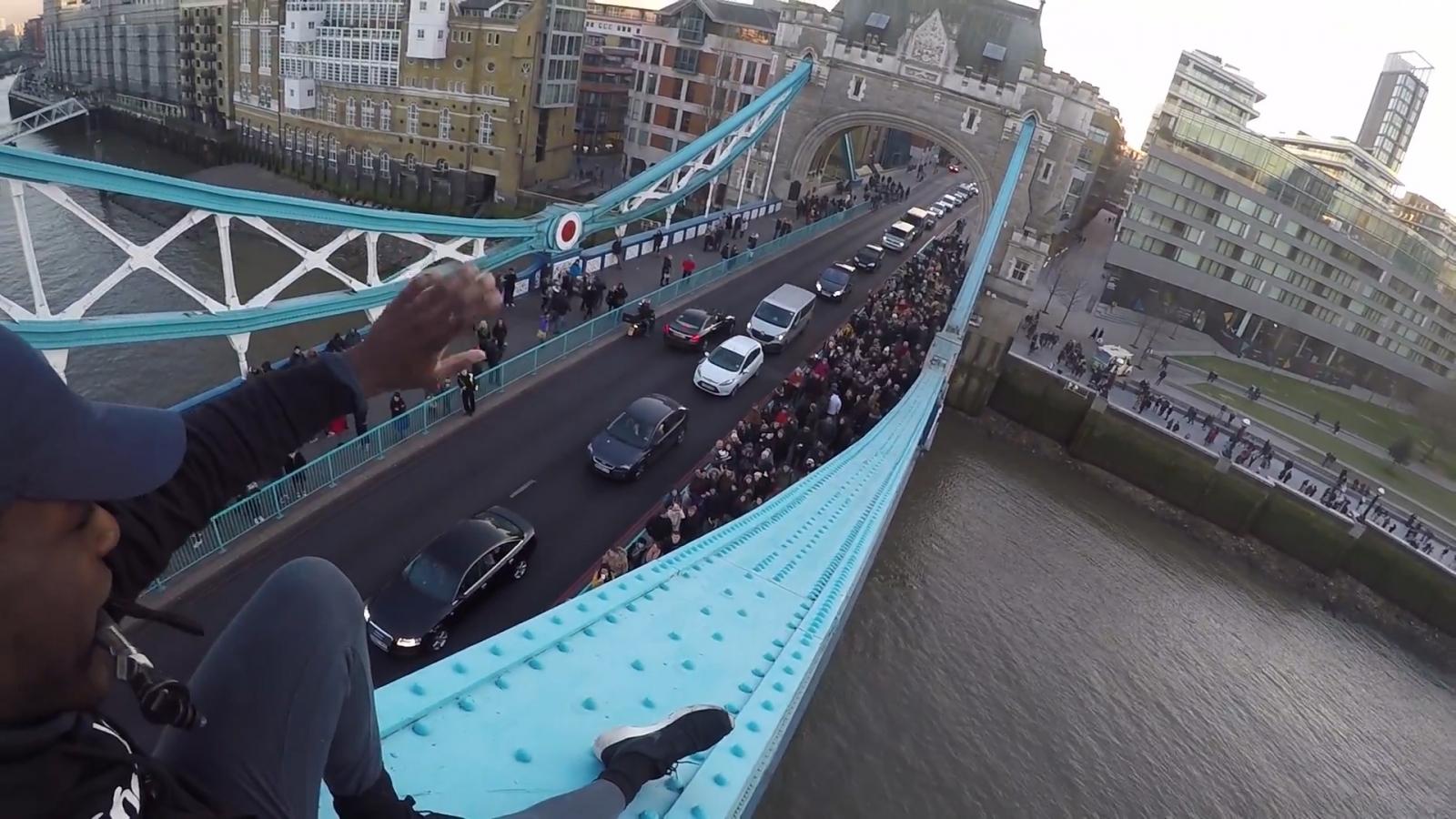 'Urban explorer' climbs Tower Bridge with no harness