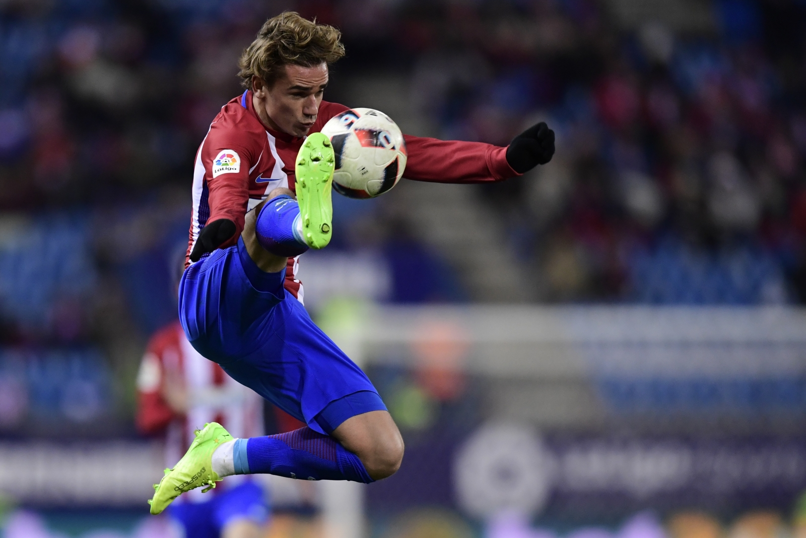 Antoine Griezmann: Manchester United target says he is happy at Atletico Madrid