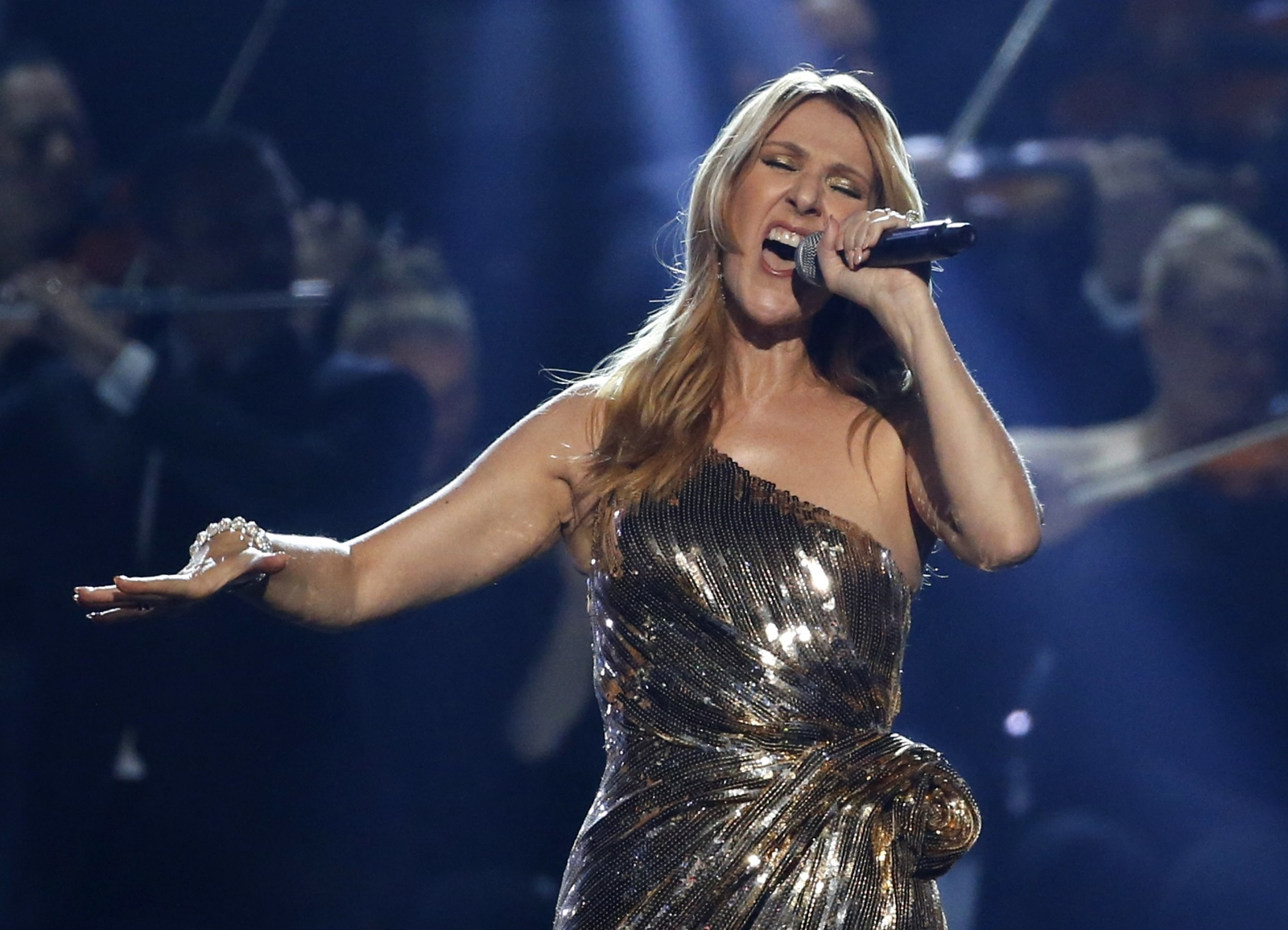 Celine Dion Confirms Summer UK Arena Tour