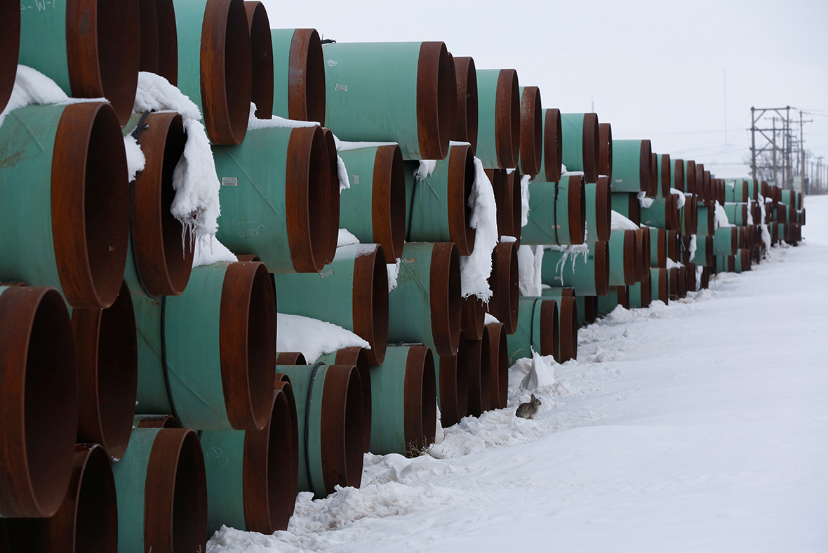 Trump OKs Keystone pipeline, calling it 'great day' for jobs