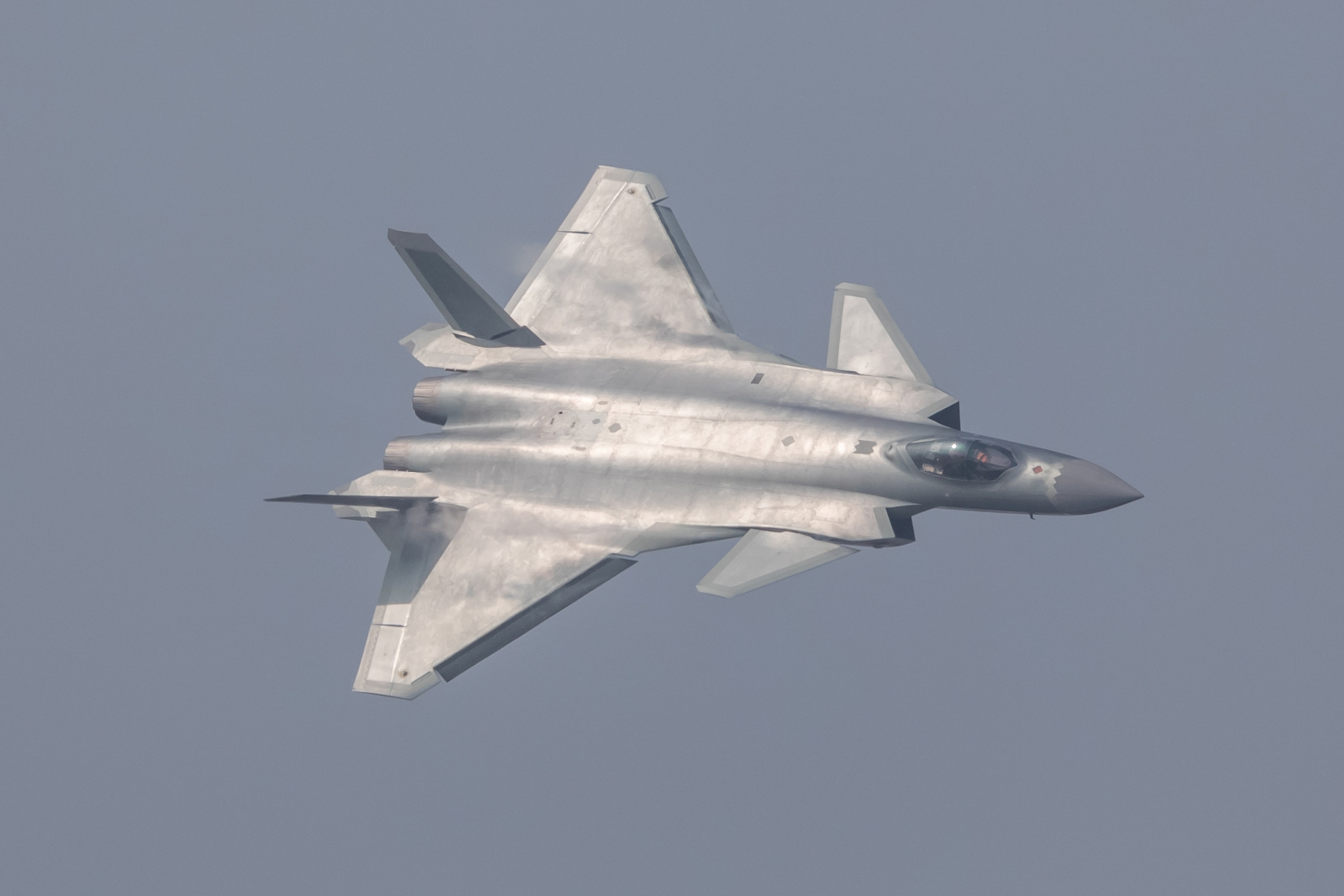 J-20 vs F-35