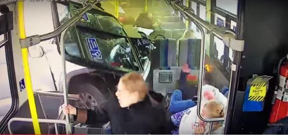 Syracuse bus crash