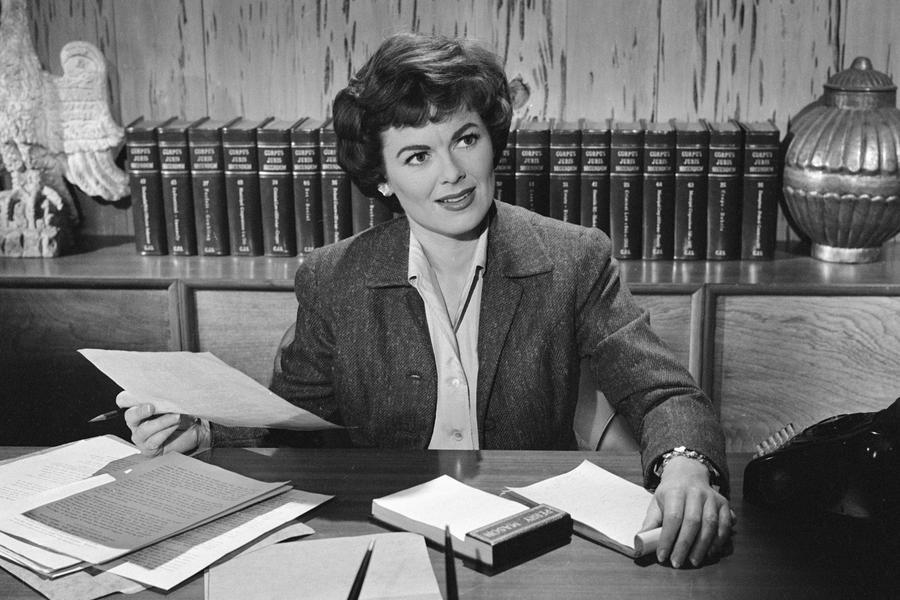 Perry Mason Star Barbara Hale Dead at 94 | ExtraTV.com