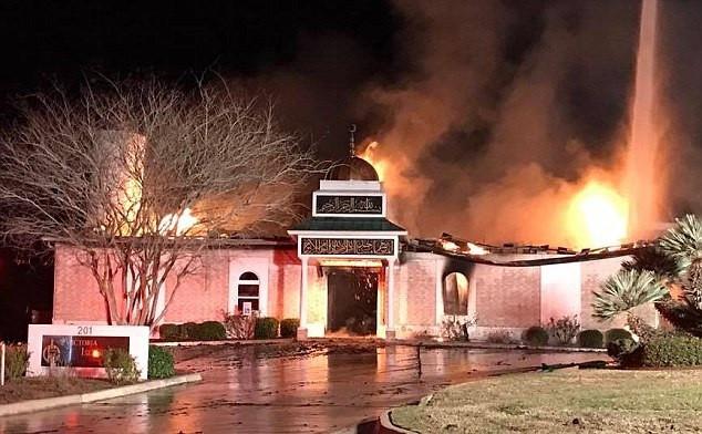 Texas mosque blaze