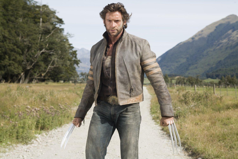 X Men 2000 Characters Logan: Hugh Jackman st...