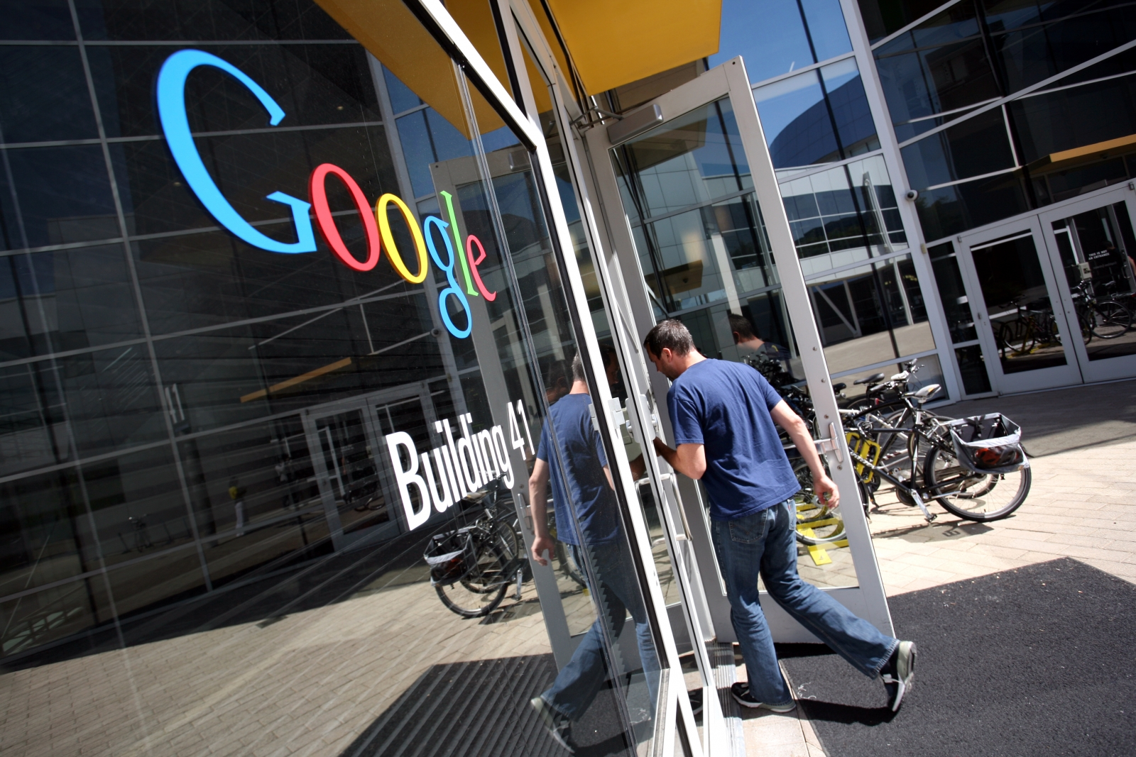 Google becomes world's most valuable brand
