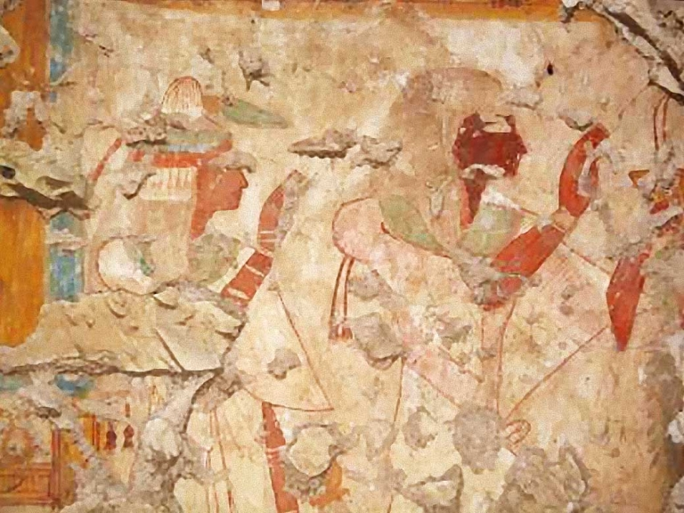 3,200-year-old Egyptian tomb of renowned royal scribe discovered by banks of the Nile