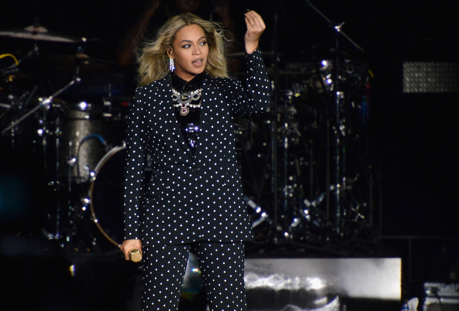 Beyonce pregnant with twins: The Beyhive decodes singer's ...
