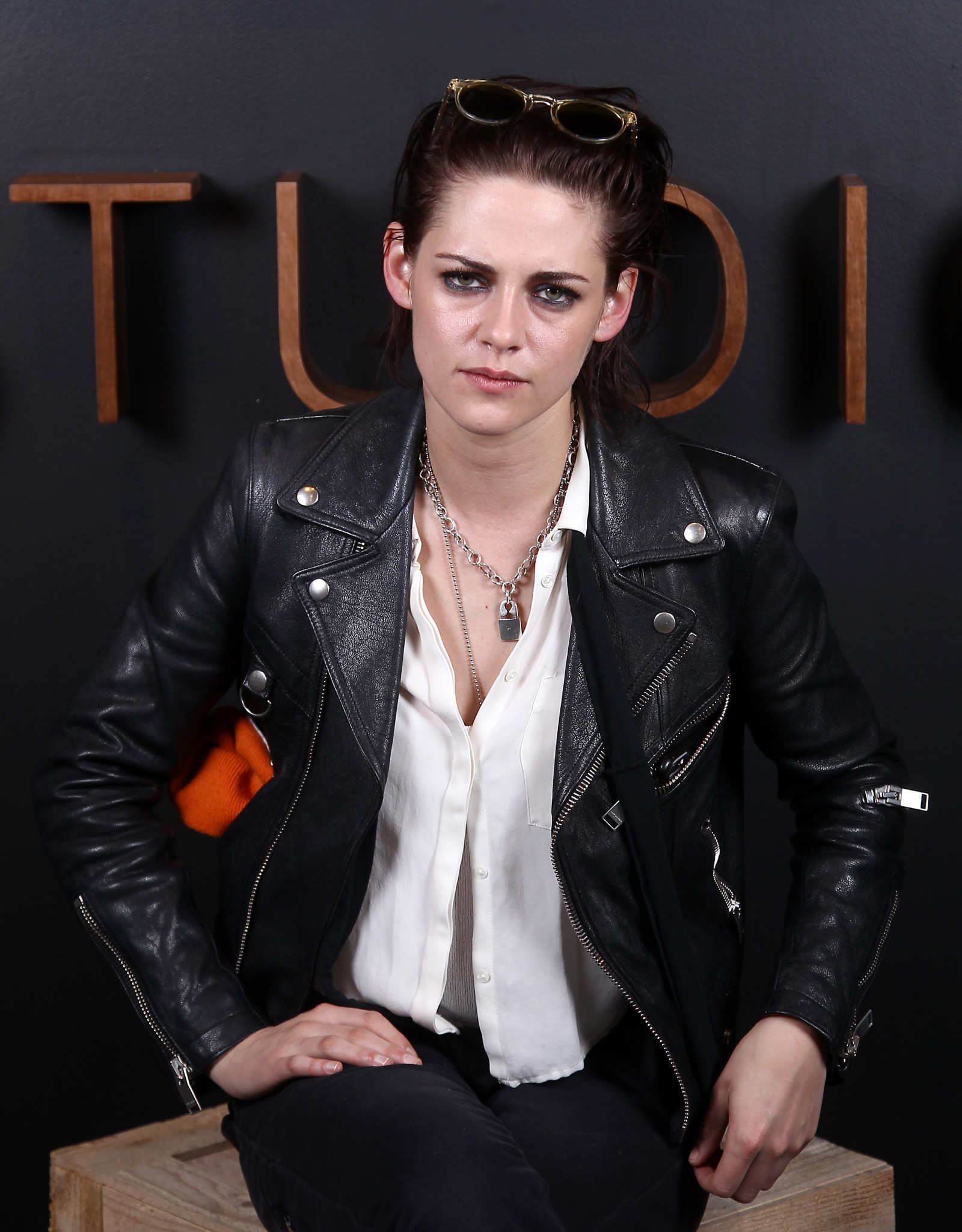 Kristen Stewart: 'I'm like, so gay, dude'