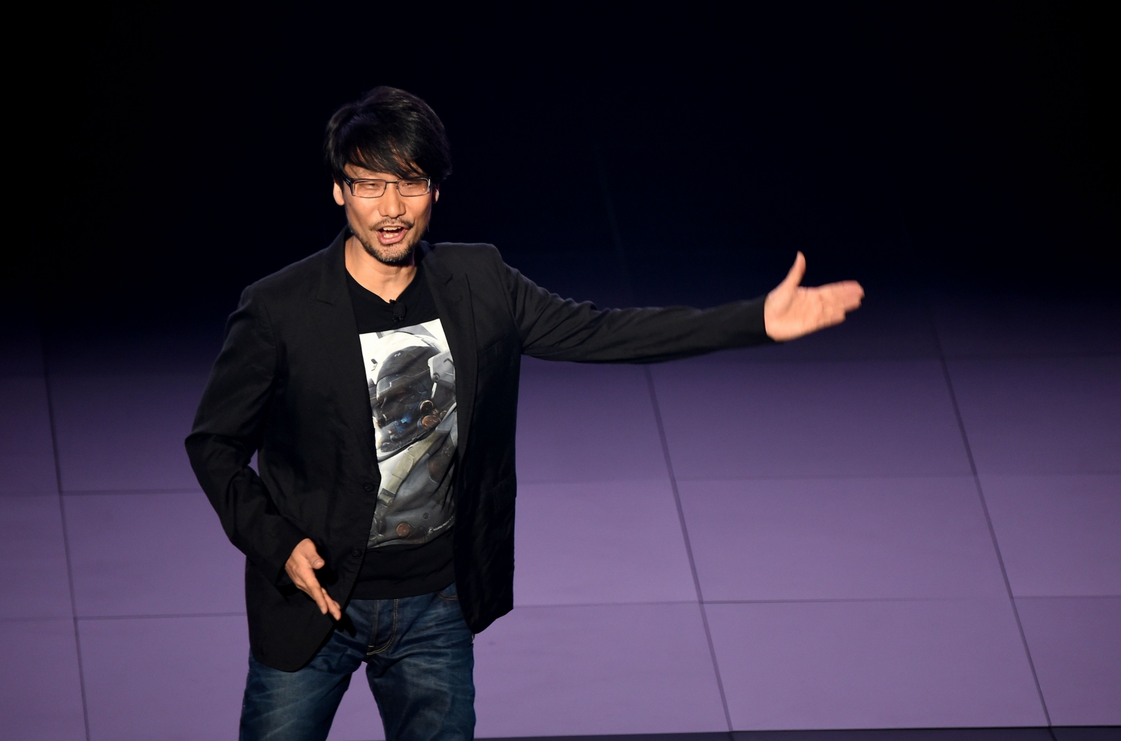 Hideo Kojima Calls The Nintendo Switch An 'Extension' Of 'Transfarring'