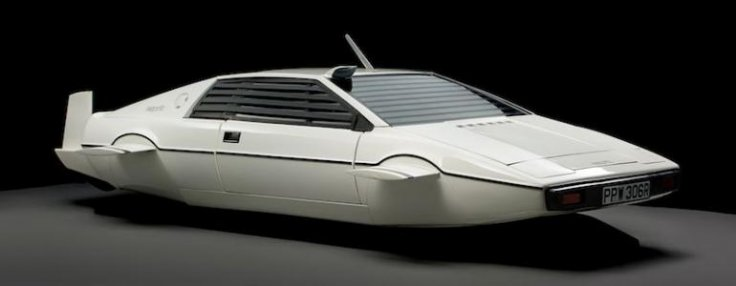 James Bond Lotus Esprit Elon Musk