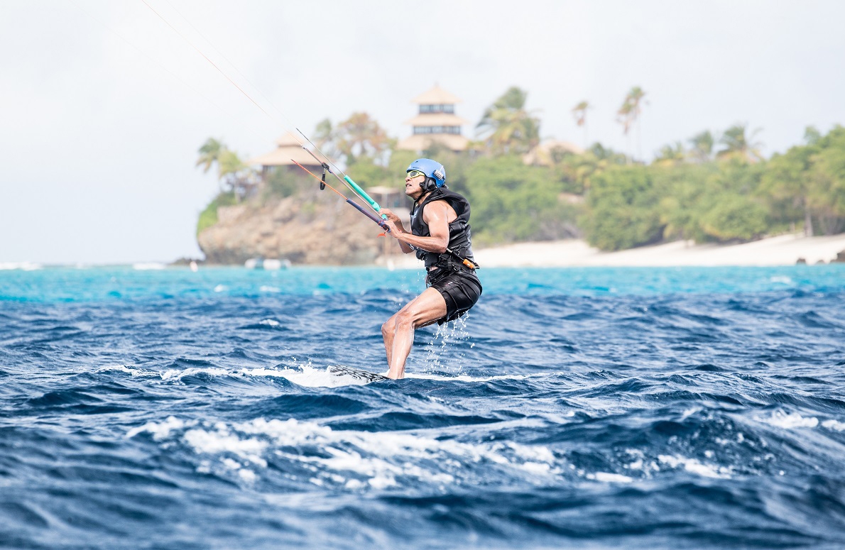 Obama kite surfing