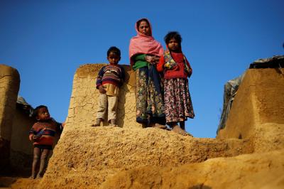 Rohingya Myanmar Bangladesh Thengar Char
