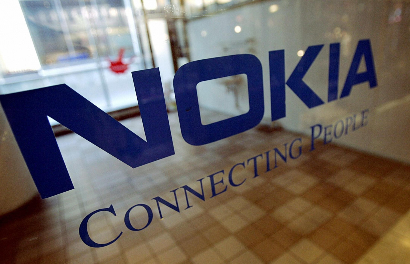 Nokia Buys Comptel for $370 Million to Add Network Software