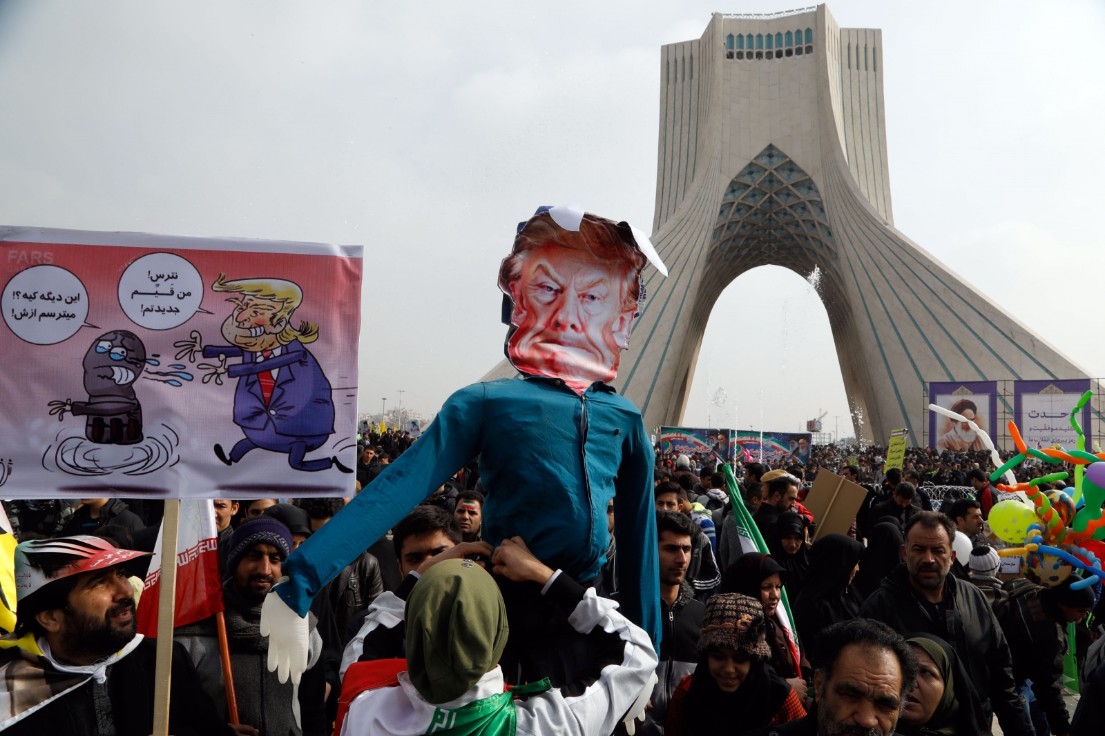 the iranian revolution and islamic movements Movement without revolution: comparing islamic activism in iran and egypt  asef bayat 'ilit- anicikd/i uni\'ci'\it\ in cairo why did iran ot the late 1970s with  a.