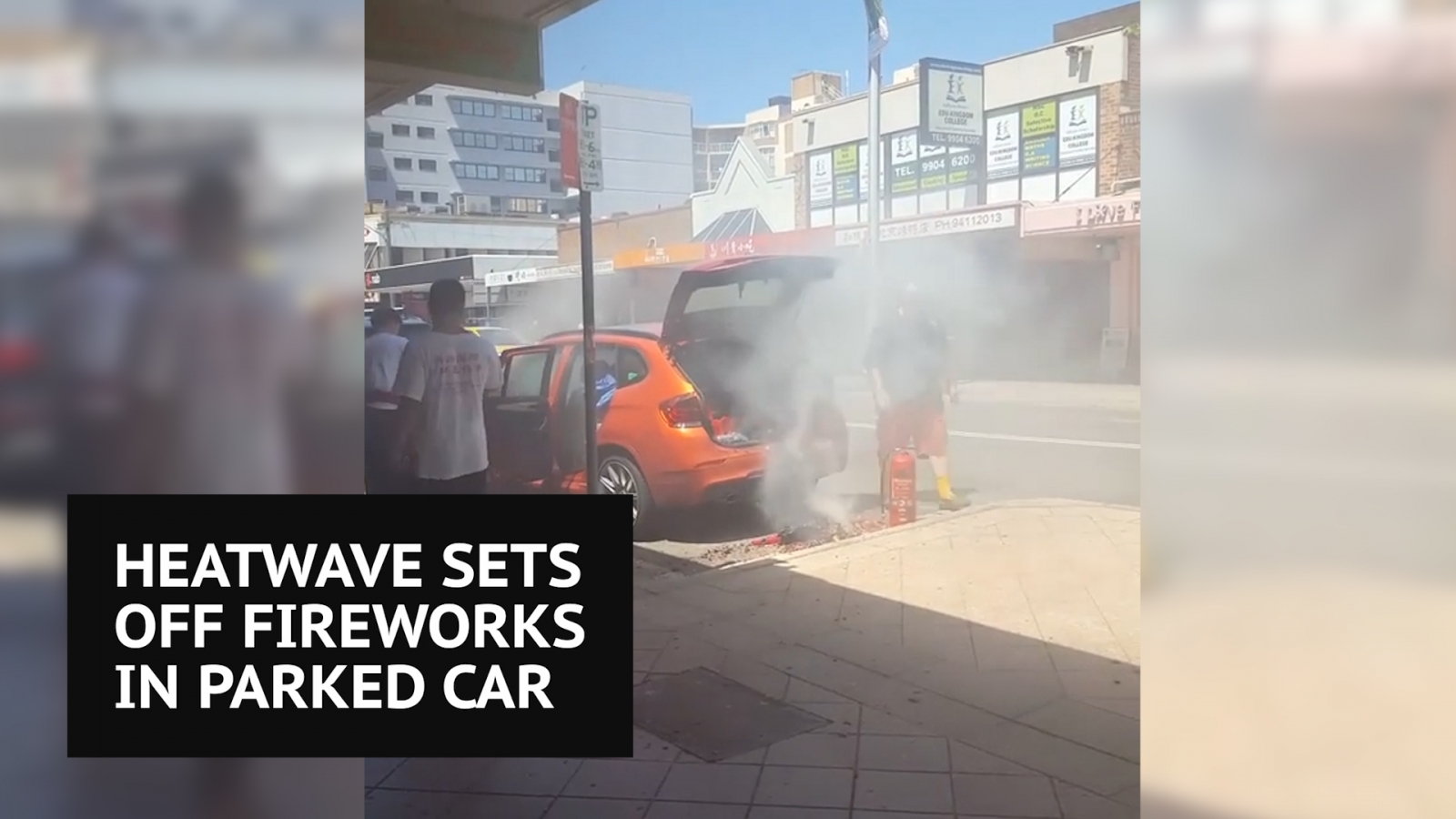 Australia: heatwave sets off fireworks in car