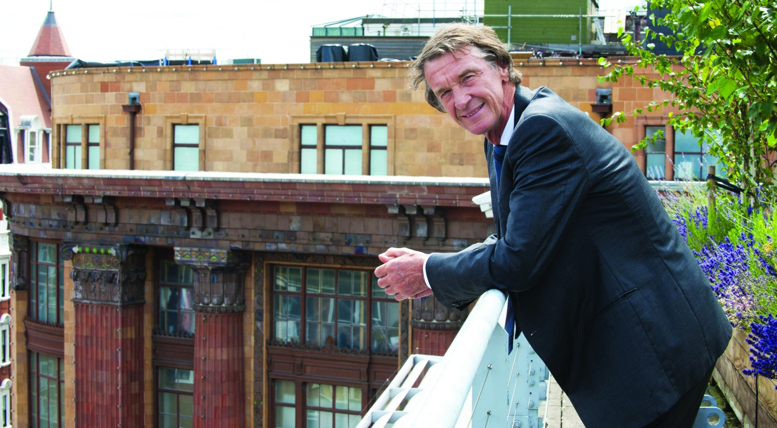 Bp to sell forties pipeline system to tycoon jim ratcliffe for Jim s dog house