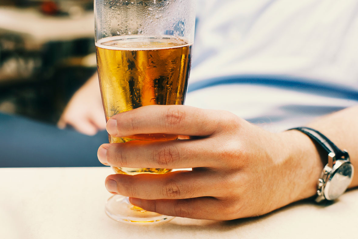 Drinking beer is more effective at pain relief than ...