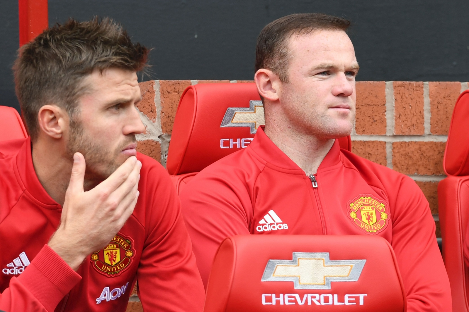 Michael Carrick and Wayne Rooney