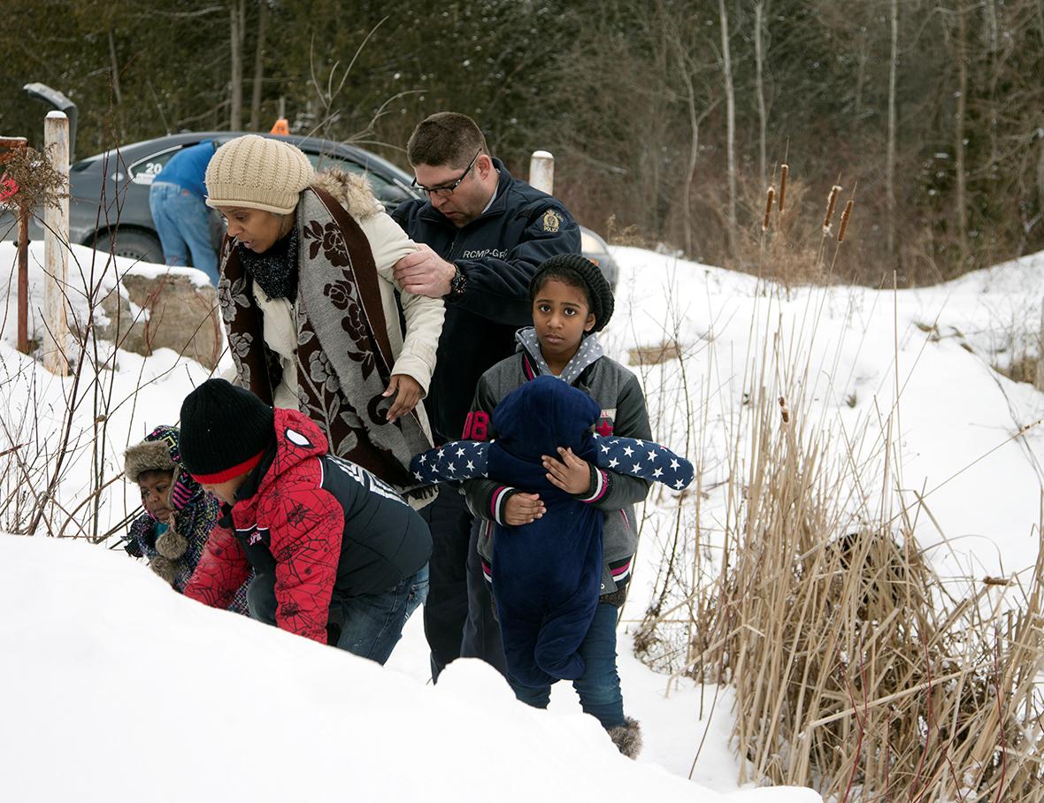 migrants US Canada