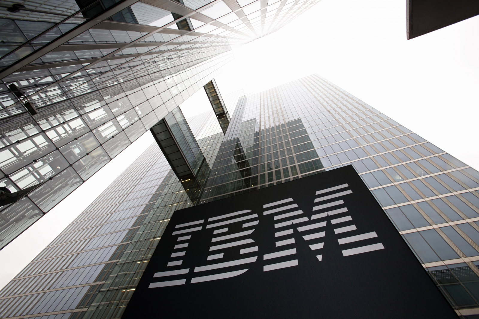 IBM Launches Enterprise-Ready Blockchain Service (IBM, MSFT)