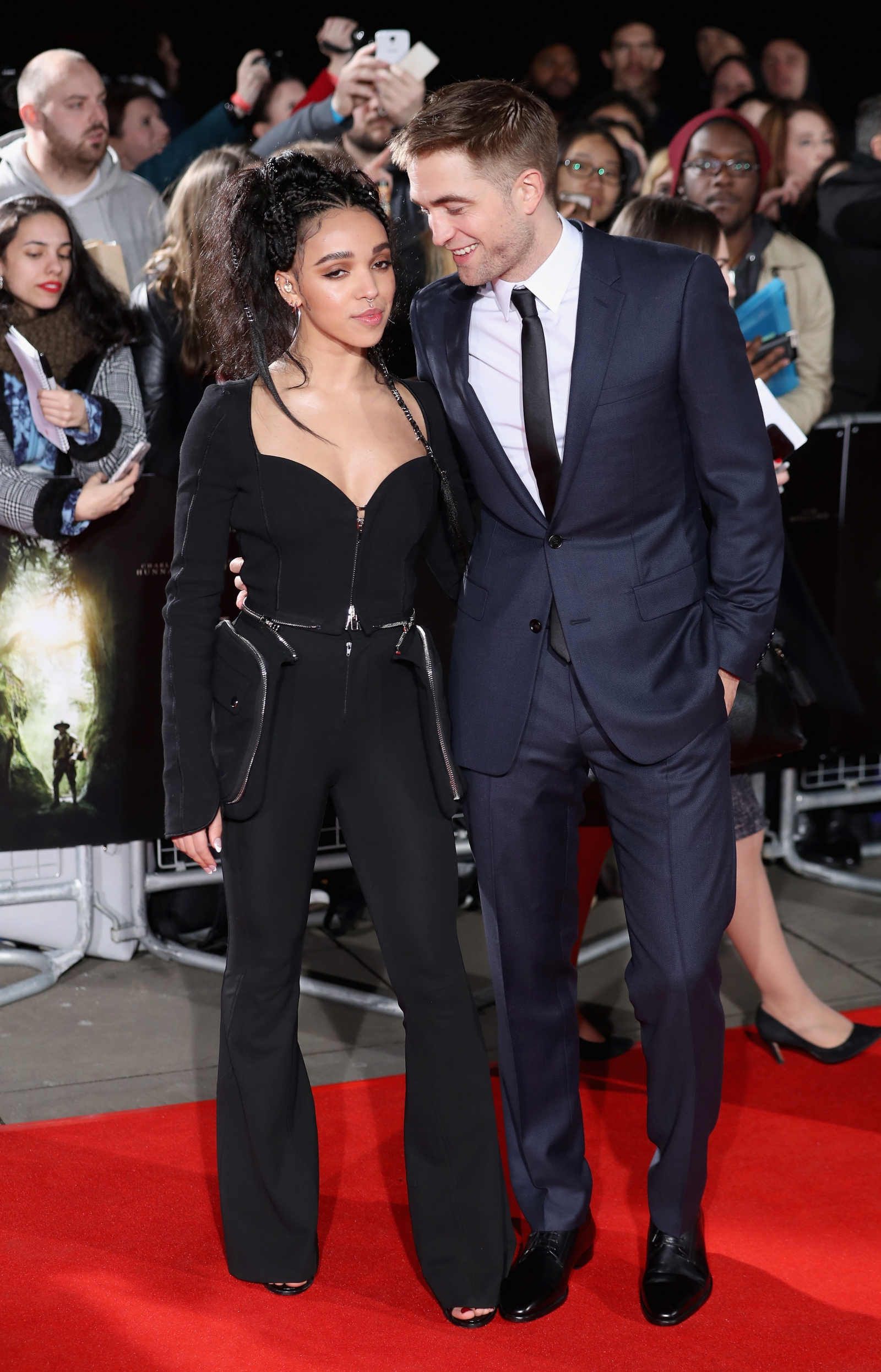 Fka twigs robert pattinson dating co star 2