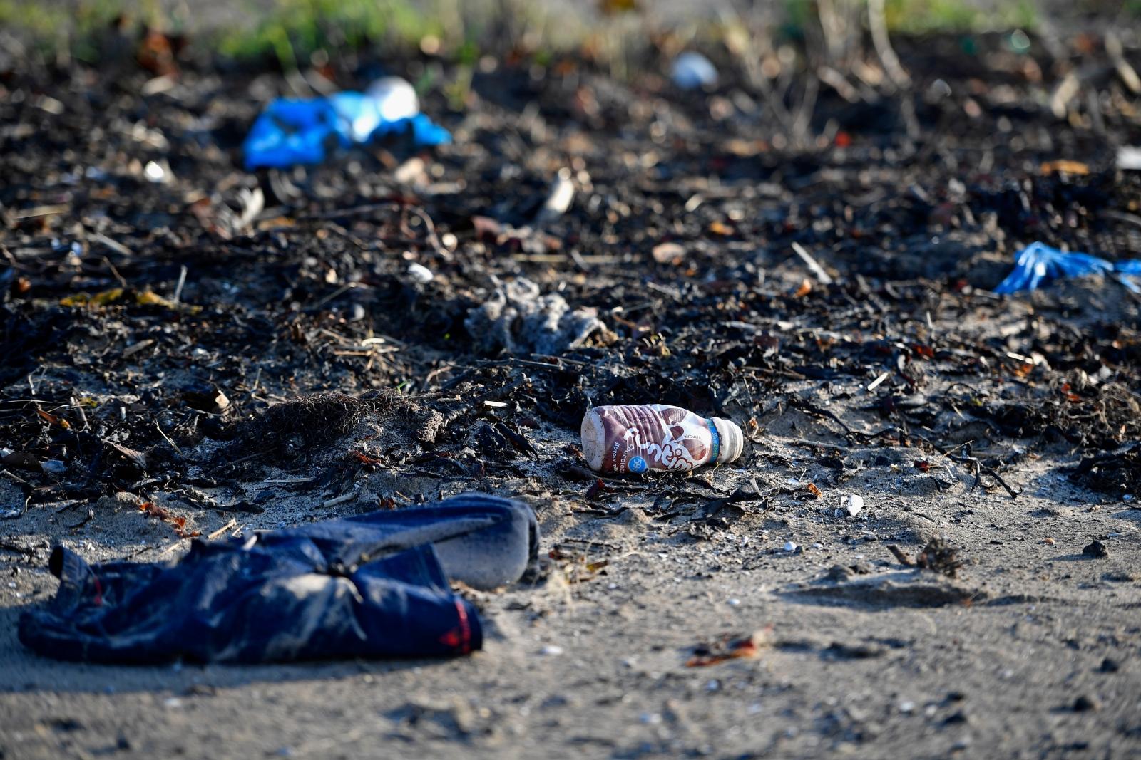 Nurdles plastic beaches