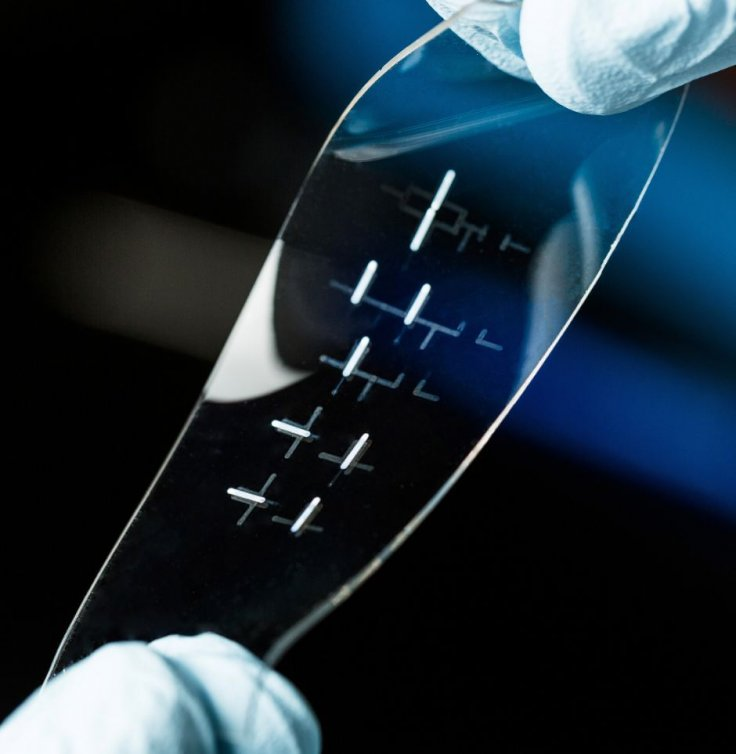 Stretchable smart tablet could be a reality in future