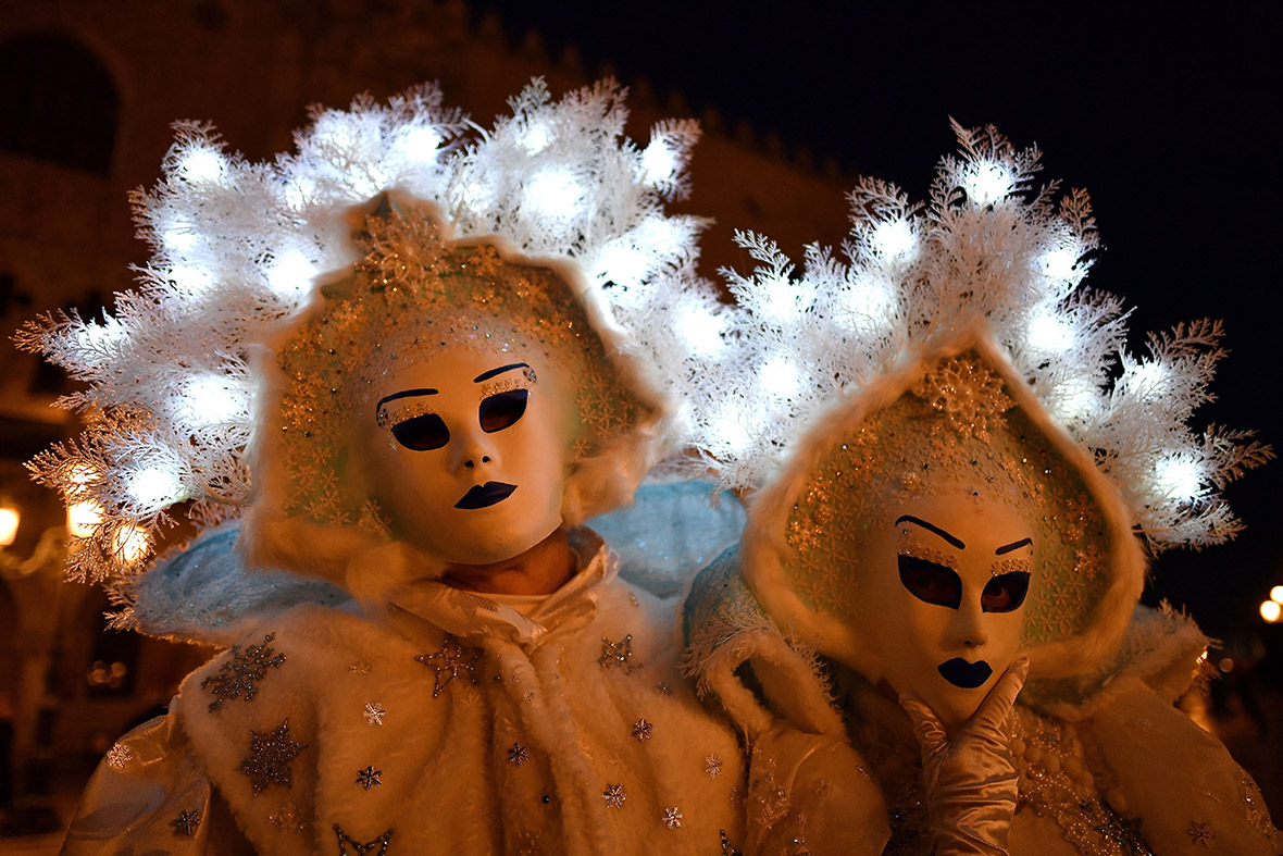 Alessandro Bianchi/Reuters Venice carnival 2017 best costumes  sc 1 st  IBTimes UK & Venice Carnival 2017: Best costumes and masks at this yearu0027s ...