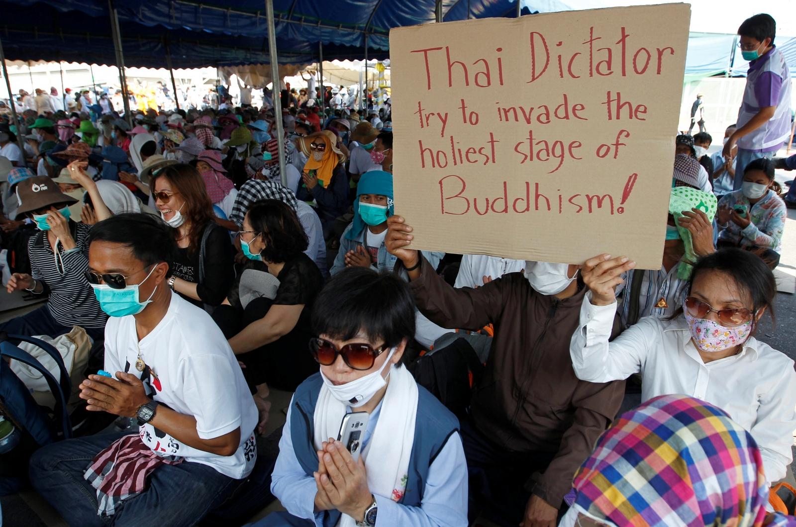 Thai temple protest