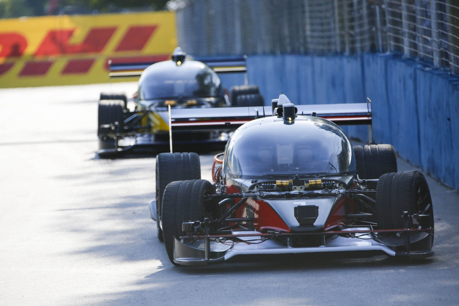 RoboRace shows off driverless cars at FormulaE