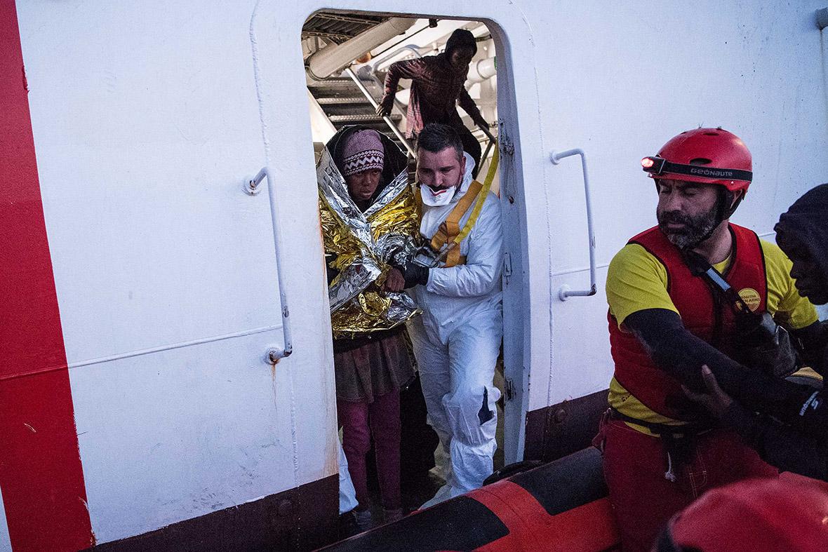 Mediterranean migrants refugees rescue