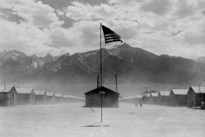 Japanese internment camps WW2