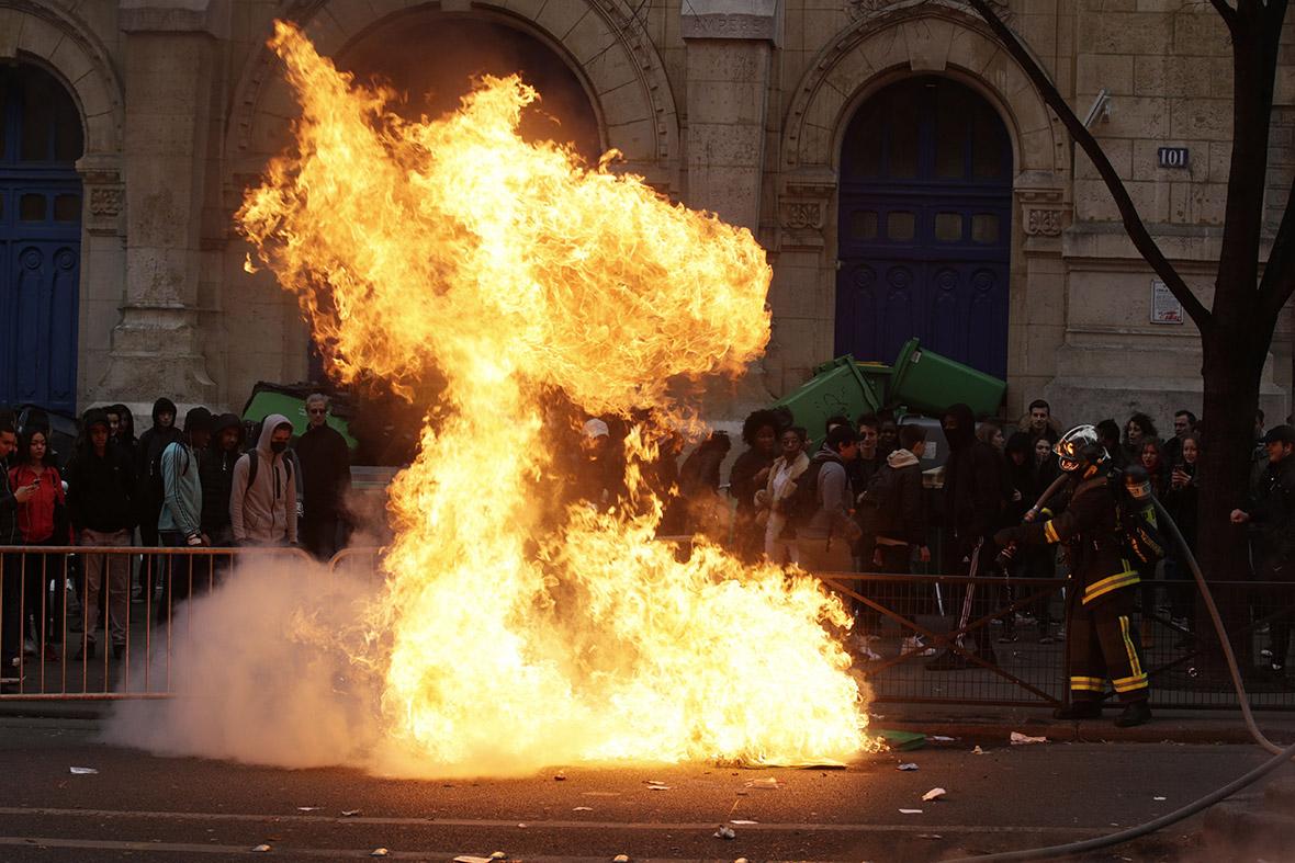 Theo police baton rape Paris protests