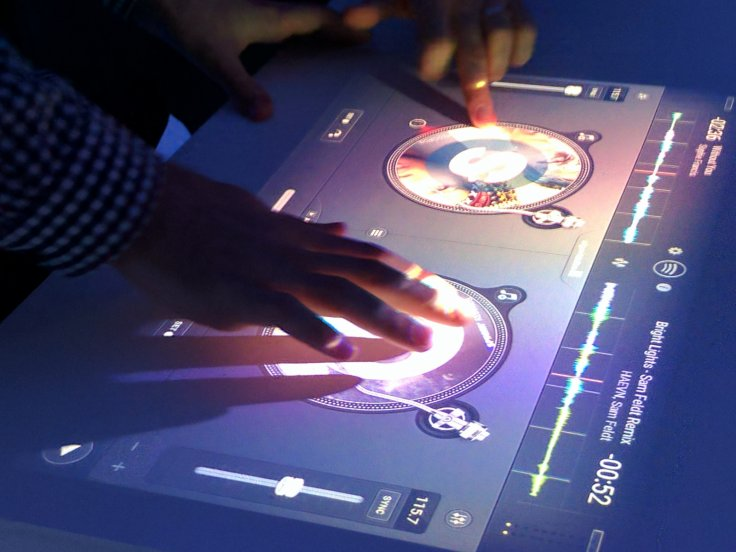 Xperia Touch DJ app