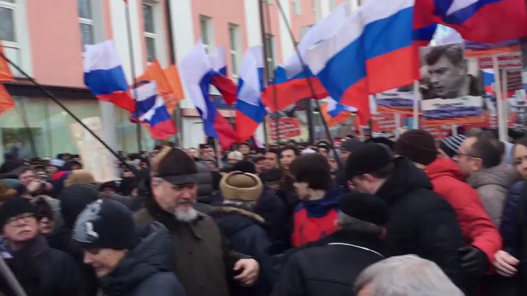Former Prime Minister attacked during Nemtsov memorial march in Moscow
