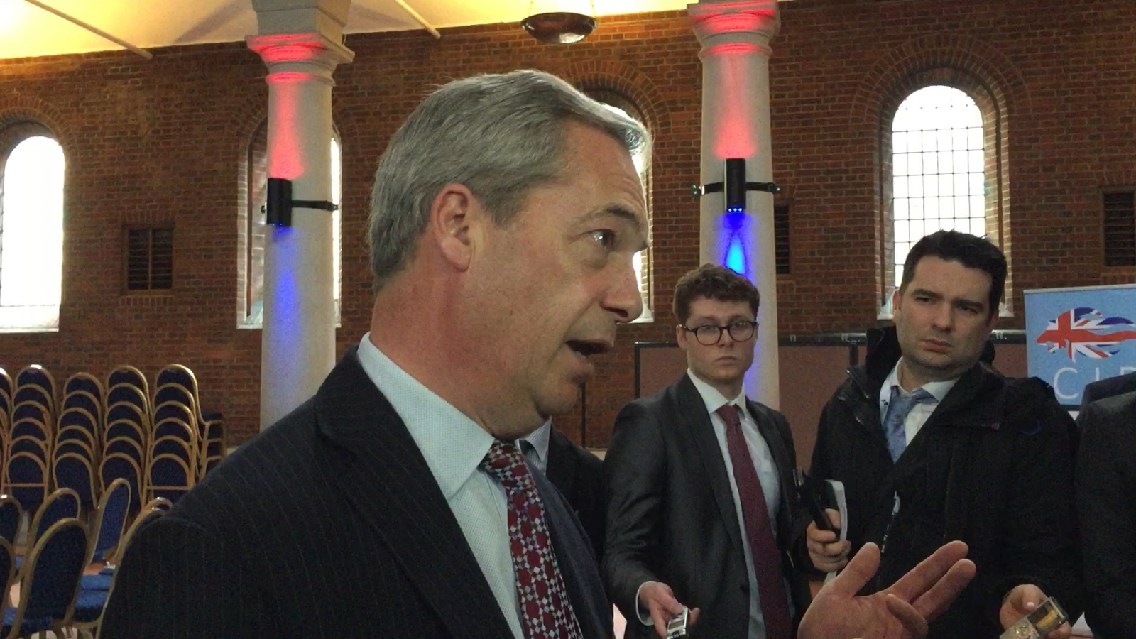Farage renews calls for Carswell to besacked
