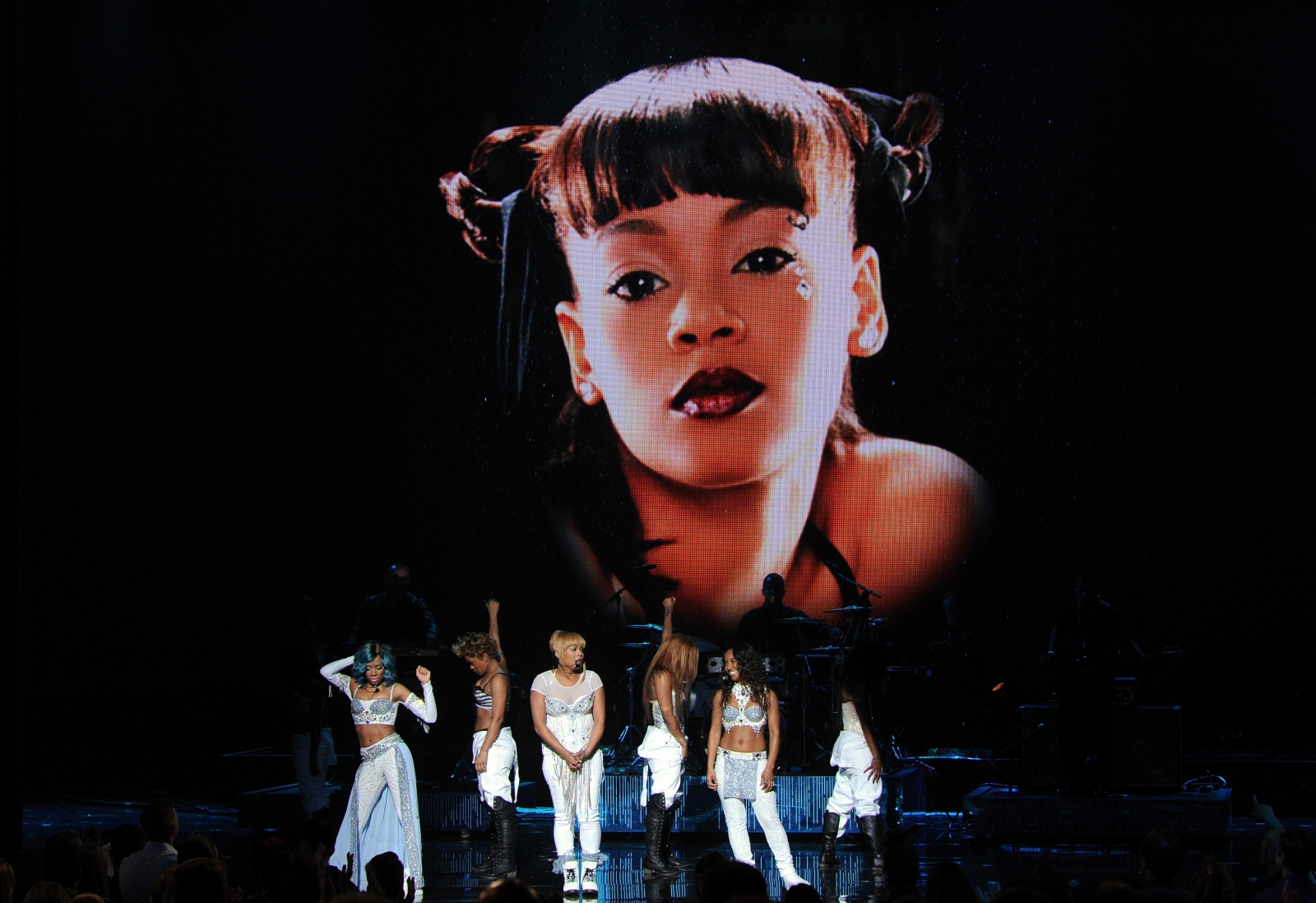 TLC pay tribute to Left-Eye