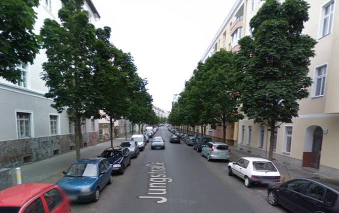 Jungstrasse Berlin acid attack