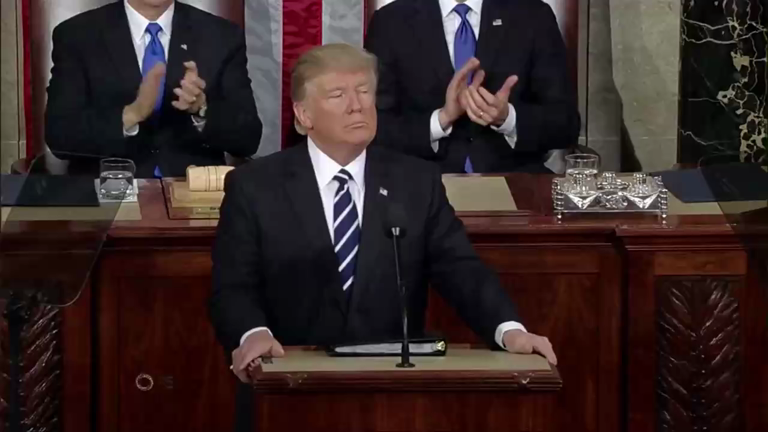 Trump calls on US Congress to repeal and replace Obamacare