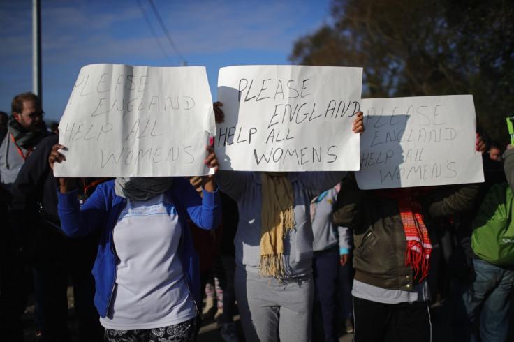 Refugee women in Calais