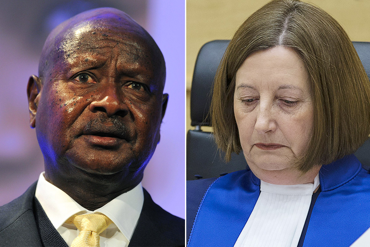 Museveni, Fernandez de Gurmendi