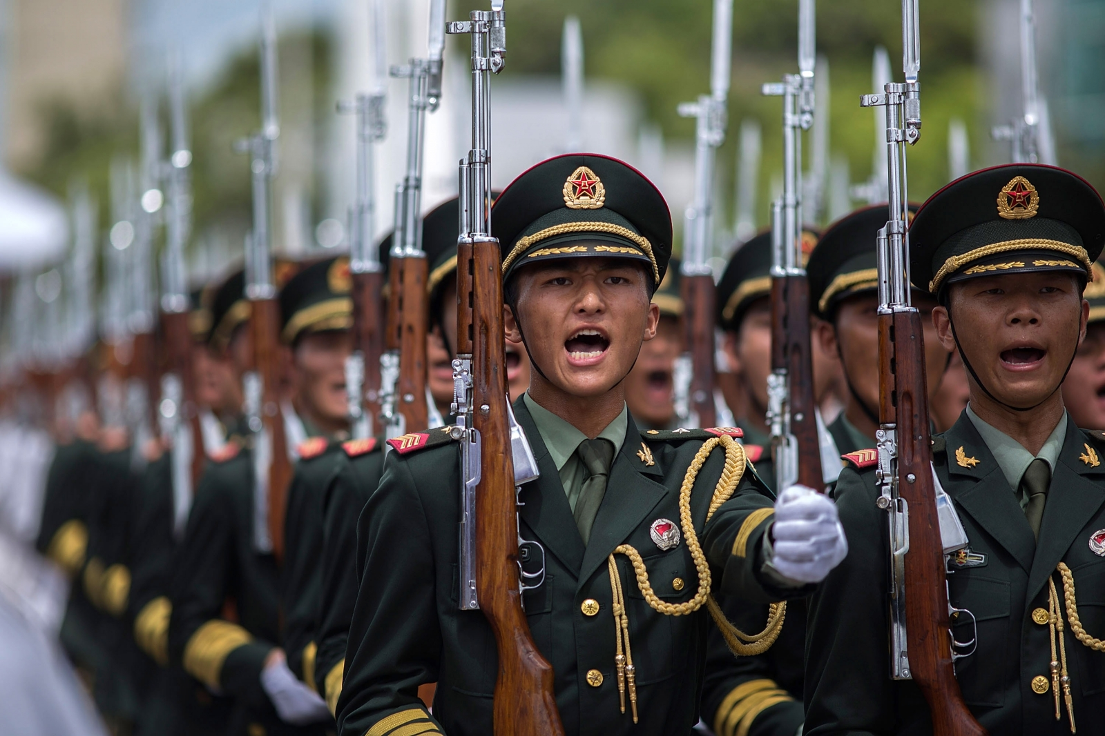 China to boost defence spending by 7 percent
