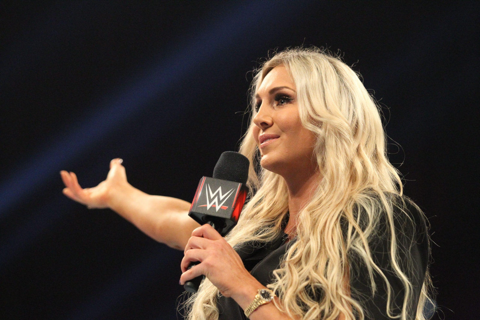 wwe star charlotte flair comments on her nude photos leaked online