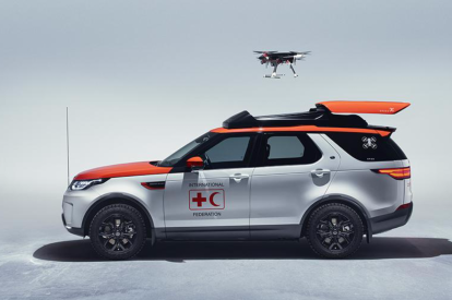 Land Rover Discovery with Red Cross drone