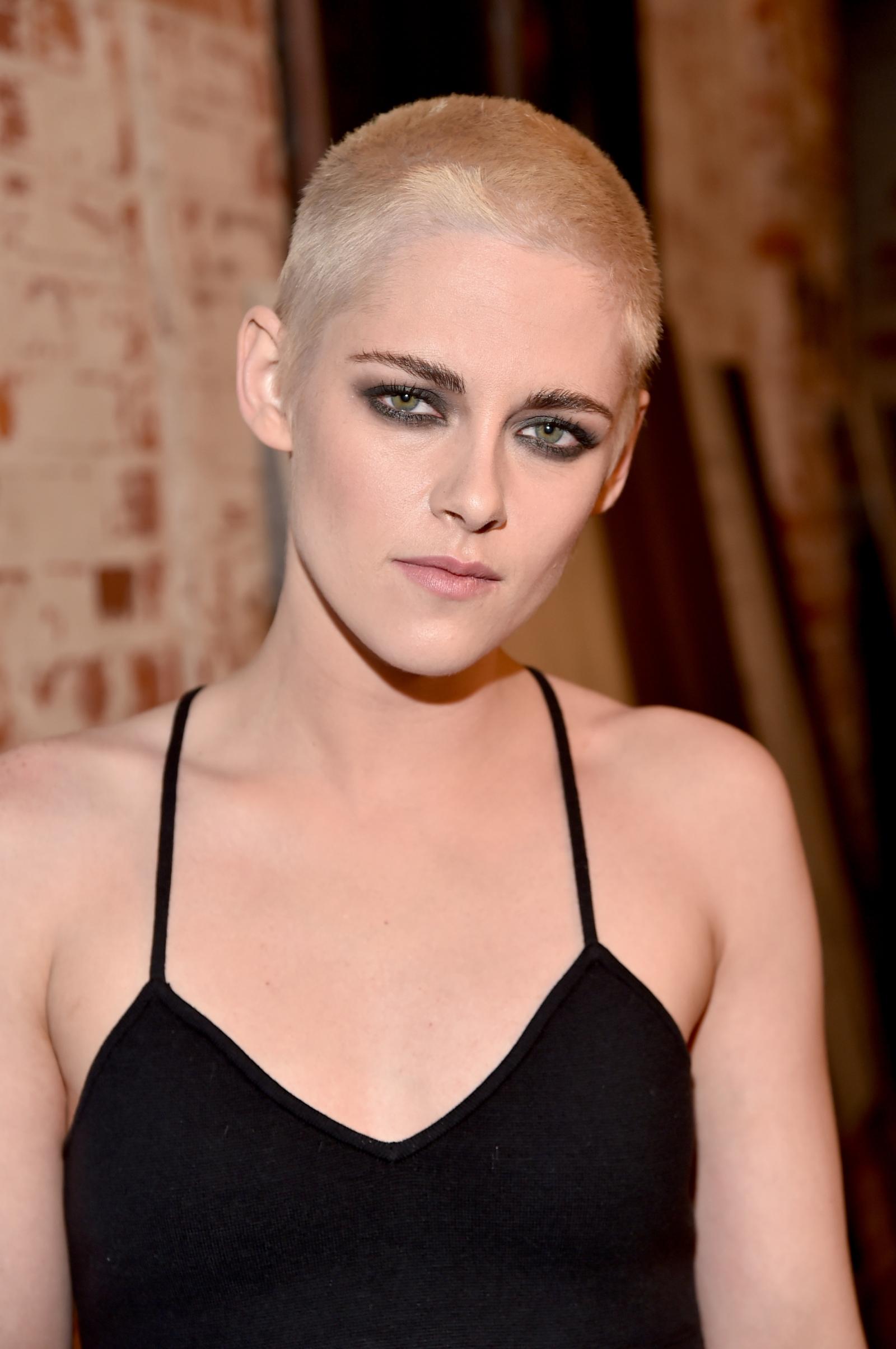 Robert Pattinson 'loves' Kristen Stewart's new look ...