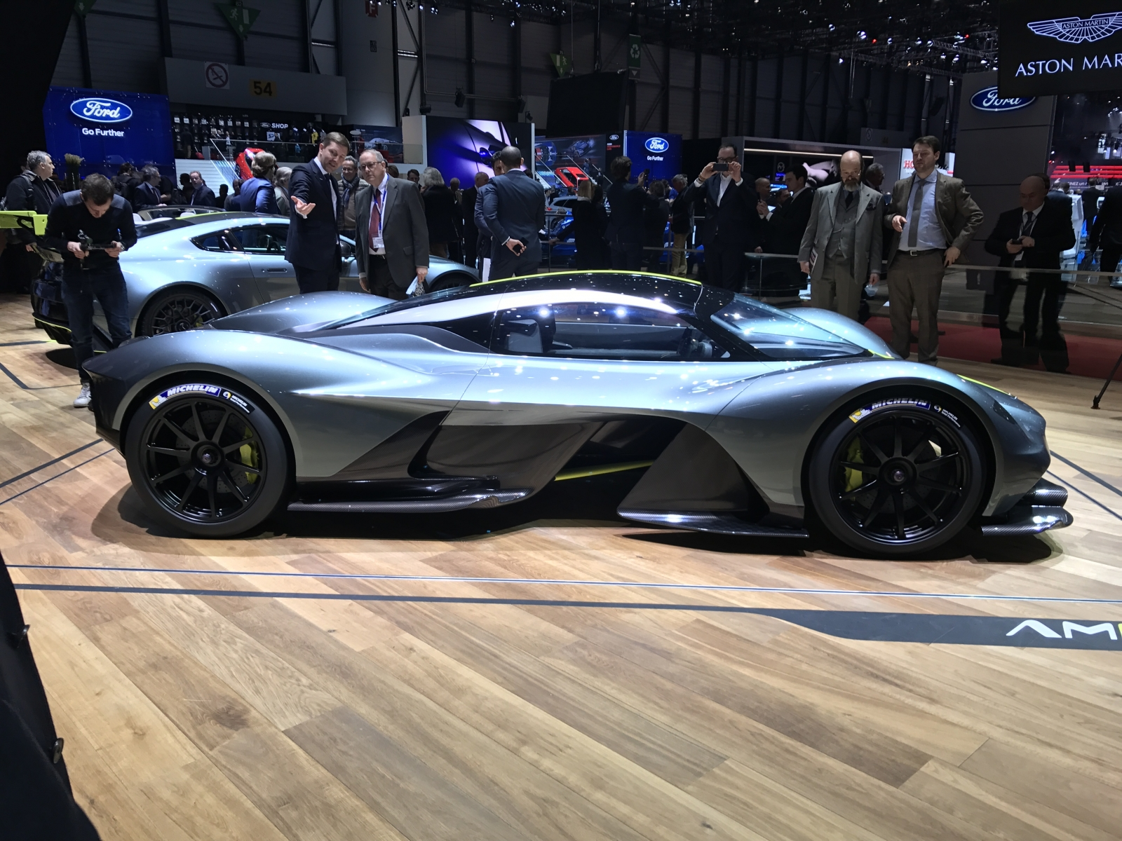 Aston Martin Valkyrie First Look At The Jaw Dropping 2m Hypercar