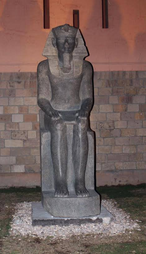statues in Luxor