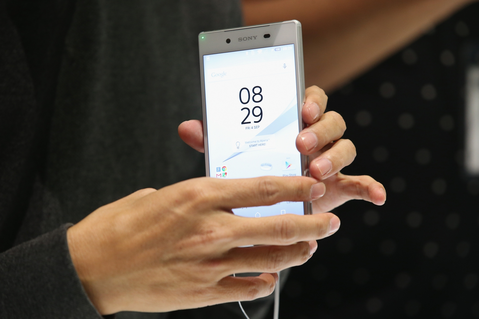 Xperia Z5 low volume issue incoming calls