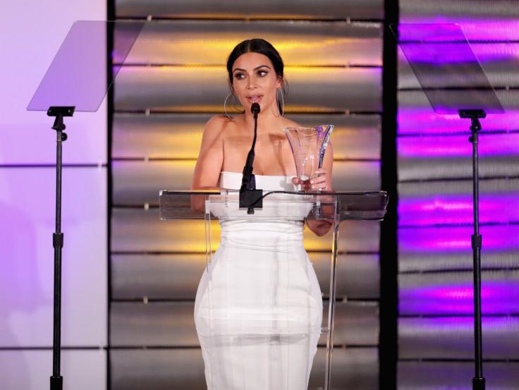 Kim Kardashian presents award